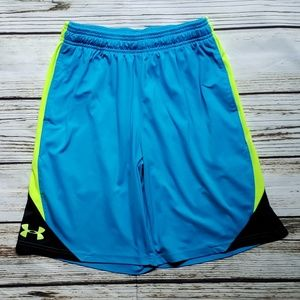 Under Armour Youth Large shorts